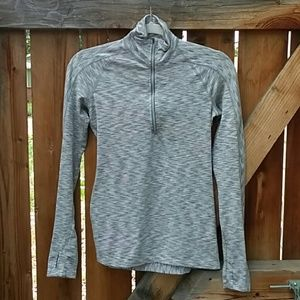 Athleta workout quarter zip long sleeve top xs